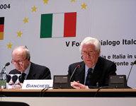 Amb. Dr Umberto Vattani, Generalsekretär, Italienisches Außenministerium; Botschafter Boris Biancheri, Generalsekretär a.D., Italienisches Außenministerium, Präsident ISPI