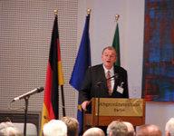 Dr. Ulrich Weiss, Deutscher Präsident des DIF, ehem. Mitglied des Vorstands, Deutsche Bank AG