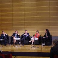 Funda Tekin beim Panel zur Europäischen Flüchtlingspolitik (© Martin Pötzsch)